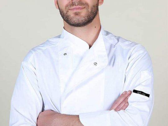 Μπλούζα μαγειρικής με τρουκς